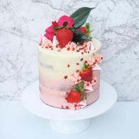 straw cream cake